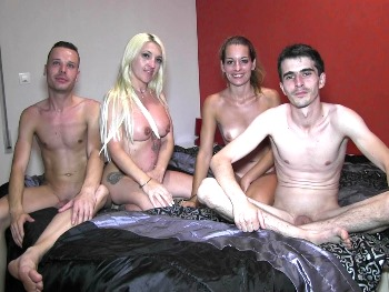 Sex lessons from an experienced mature to Vanesita, 19 years old, and two rookies. Boy toy orgy